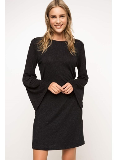 DeFacto Kolu Volanlı Elbise Siyah